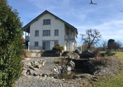5.5-Zi-Reiheneckhaus in Oetwil am See